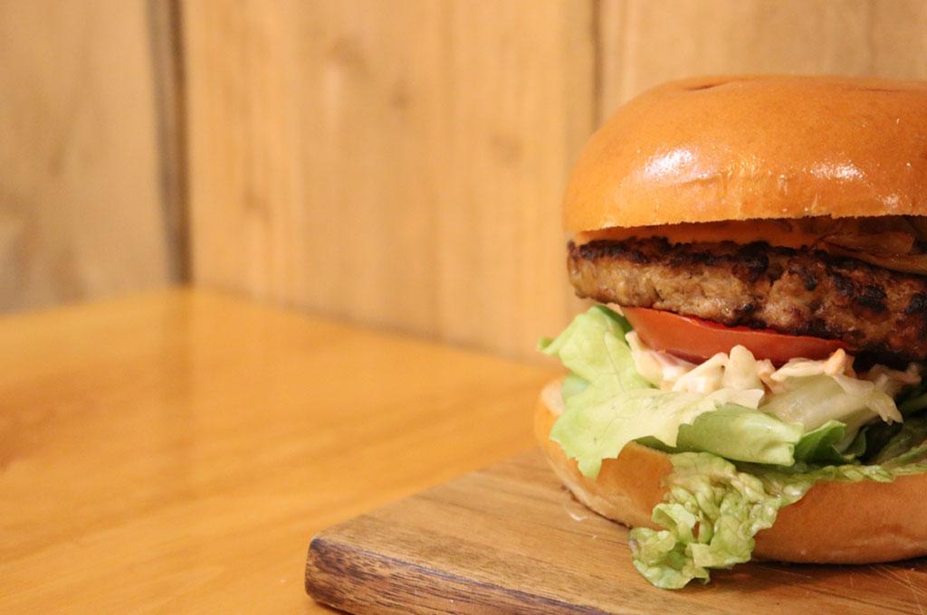 jakes-burgers-letterkenny-kellys-diner.jpg